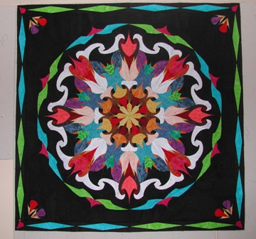 Designing cosmic spin the spiromandalas blog i have just enough black fabric left to cut a 3 12 finished outer border plus binding would you have gwen do the binding or would you do it yourself solutioingenieria Gallery